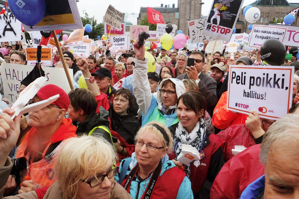 ay-liikkeen mielenosoitus-1809015@VK